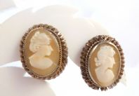 Vintage Silver Carved Cameo Clip On Earrings.